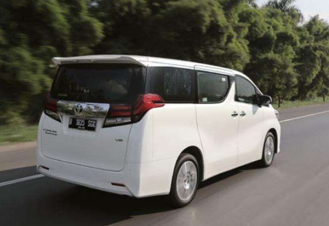 Daftar Harga Sewa Mobil di Makassar, Alphard Rp1,8 Juta per Hari